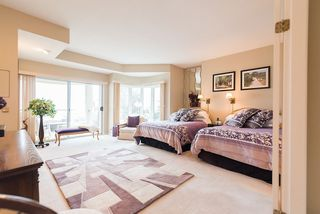 "Photo 10: 2375 FOLKESTONE Way in West Vancouver: Panorama Village Townhouse for sale in ""Westpointe"" : MLS®# R2147678"