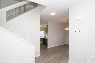 Photo 2: 415 Childers Way in Saskatoon: Kensington Residential for sale : MLS®# SK709879