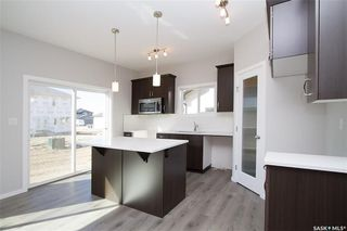 Photo 4: 415 Childers Way in Saskatoon: Kensington Residential for sale : MLS®# SK709879