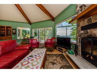 Photo 4: 43150 OLD ORCHARD Road in Chilliwack: Chilliwack Mountain House for sale : MLS®# R2226234