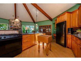 Photo 8: 43150 OLD ORCHARD Road in Chilliwack: Chilliwack Mountain House for sale : MLS®# R2226234