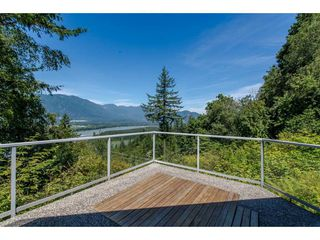 Photo 15: 43150 OLD ORCHARD Road in Chilliwack: Chilliwack Mountain House for sale : MLS®# R2226234