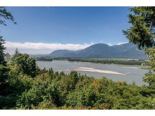 Photo 16: 43150 OLD ORCHARD Road in Chilliwack: Chilliwack Mountain House for sale : MLS®# R2226234