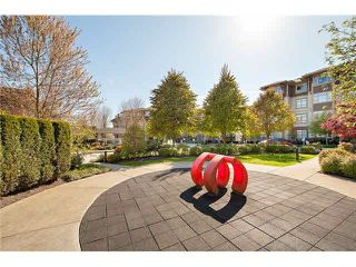 "Photo 13: 205 7339 MACPHERSON Avenue in Burnaby: Metrotown Condo for sale in ""CADENCE at METROTOWN"" (Burnaby South)  : MLS®# R2228720"