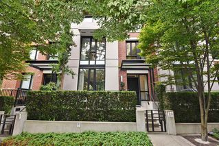 Photo 1: 318 SMITHE STREET in Vancouver: Yaletown Townhouse for sale (Vancouver West)  : MLS®# R2223996