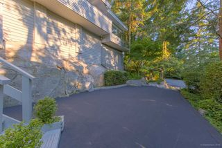 Photo 1: 3841 BAYRIDGE Avenue in West Vancouver: Bayridge House for sale : MLS®# R2232684