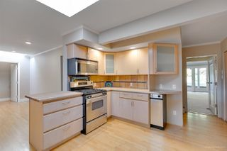 Photo 5: 3841 BAYRIDGE Avenue in West Vancouver: Bayridge House for sale : MLS®# R2232684