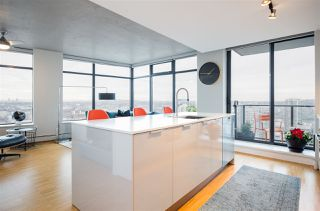 Photo 4: 2804 108 W CORDOVA STREET in Vancouver: Downtown VW Condo for sale (Vancouver West)  : MLS®# R2232344