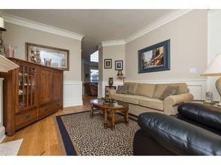 """Photo 10: 31 2688 150 Street in Surrey: Sunnyside Park Surrey Townhouse for sale in """"Westmoor"""" (South Surrey White Rock)  : MLS®# R2256437"""