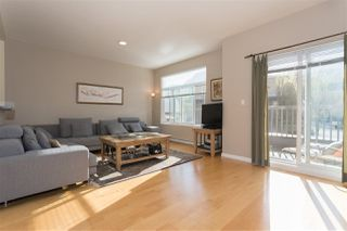 """Photo 3: 28 40632 GOVERNMENT Road in Squamish: Brackendale Townhouse for sale in """"RIVERSWALK"""" : MLS®# R2261504"""