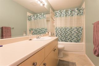 """Photo 17: 28 40632 GOVERNMENT Road in Squamish: Brackendale Townhouse for sale in """"RIVERSWALK"""" : MLS®# R2261504"""