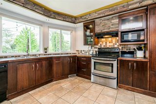 Photo 7: 19880 S WILDWOOD Crescent in Pitt Meadows: South Meadows House for sale : MLS®# R2266968