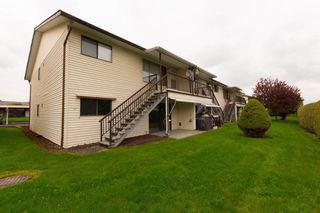 "Photo 12: 60 32959 GEORGE FERGUSON Way in Abbotsford: Central Abbotsford Townhouse for sale in ""OAKHURST"" : MLS®# R2282483"