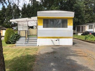 "Photo 1: 7 201 CAYER Street in Coquitlam: Maillardville Manufactured Home for sale in ""WILDWOOD PARK"" : MLS®# R2283036"