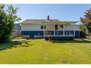 Photo 2: 45615 HERRON Avenue in Chilliwack: Chilliwack N Yale-Well House for sale : MLS®# R2284952
