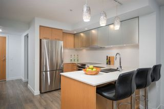 """Photo 4: 111 221 E 3RD Street in North Vancouver: Lower Lonsdale Condo for sale in """"ORIZON ON THIRD"""" : MLS®# R2291444"""
