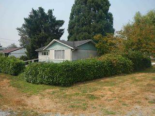 Photo 3: 12725 113B Avenue in Surrey: Bridgeview House for sale (North Surrey)  : MLS®# R2298370