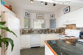 """Photo 13: 201 221 ELEVENTH Street in New Westminster: Uptown NW Condo for sale in """"THE STANFORD"""" : MLS®# R2324318"""