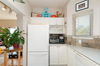 """Photo 15: 201 221 ELEVENTH Street in New Westminster: Uptown NW Condo for sale in """"THE STANFORD"""" : MLS®# R2324318"""
