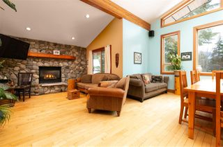 "Photo 7: 8349 NEEDLES Drive in Whistler: Alpine Meadows House for sale in ""ALPINE MEADOWS"" : MLS®# R2328390"