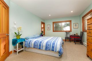 "Photo 11: 8349 NEEDLES Drive in Whistler: Alpine Meadows House for sale in ""ALPINE MEADOWS"" : MLS®# R2328390"