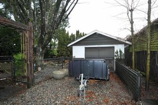 Photo 10: 12232 75 Avenue in Surrey: West Newton House for sale : MLS®# R2328257