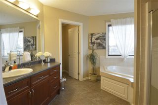Photo 18: 531 CALDWELL Court in Edmonton: Zone 20 House for sale : MLS®# E4139952