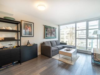 "Main Photo: 303 538 W 7TH Avenue in Vancouver: Fairview VW Condo for sale in ""CAMBIE +7"" (Vancouver West)  : MLS®# R2332331"
