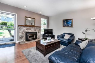 Photo 11: 5923 188 Street in Surrey: Cloverdale BC House for sale (Cloverdale)  : MLS®# R2336590