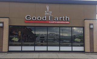 Photo 2: 936 91 Street in Edmonton: Zone 53 Business for sale : MLS®# E4142790