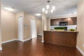 "Photo 5: 204 3250 ST JOHNS Street in Port Moody: Port Moody Centre Condo for sale in ""The SQUARE"" : MLS®# R2338954"