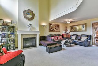 Photo 3: 96 8888 151 Street in Surrey: Bear Creek Green Timbers Townhouse for sale : MLS®# R2341288