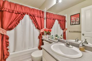 Photo 13: 96 8888 151 Street in Surrey: Bear Creek Green Timbers Townhouse for sale : MLS®# R2341288