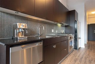 """Photo 8: 402 121 BREW Street in Port Moody: Port Moody Centre Condo for sale in """"Room"""" : MLS®# R2350166"""