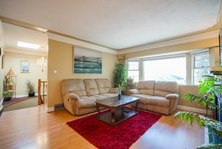 Photo 3: 7580 FRASER Street in Vancouver: South Vancouver House for sale (Vancouver East)  : MLS®# R2350322