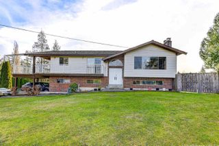 "Main Photo: 22676 78 Avenue in Langley: Fort Langley House for sale in ""Forest Knolls"" : MLS®# R2357236"