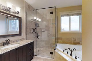 Photo 16: 1237 CHAHLEY Landing in Edmonton: Zone 20 House for sale : MLS®# E4156836