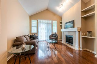 """Photo 2: 29 2588 152 Street in Surrey: King George Corridor Townhouse for sale in """"WOODGROVE"""" (South Surrey White Rock)  : MLS®# R2376781"""