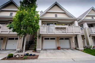 """Photo 1: 29 2588 152 Street in Surrey: King George Corridor Townhouse for sale in """"WOODGROVE"""" (South Surrey White Rock)  : MLS®# R2376781"""
