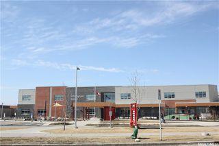 Photo 3: 808 Stensrud Road in Saskatoon: Willowgrove Residential for sale : MLS®# SK775990