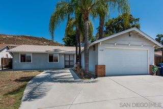 Main Photo: LAKESIDE House for sale : 4 bedrooms : 13104 Pino Ct