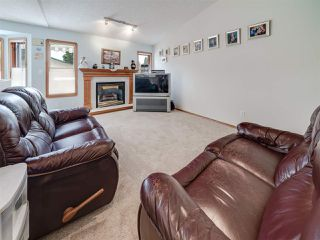 Photo 8: 24 NORFOLK Bay: Sherwood Park House for sale : MLS®# E4163490