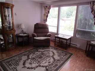 Photo 2: 19 2587 Selwyn Road in VICTORIA: La Mill Hill Manu Double-Wide for sale (Langford)  : MLS®# 413550