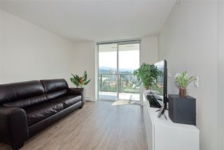 "Photo 12: 2502 3007 GLEN Drive in Coquitlam: North Coquitlam Condo for sale in ""Evergreen"" : MLS®# R2389564"