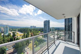 "Photo 16: 2502 3007 GLEN Drive in Coquitlam: North Coquitlam Condo for sale in ""Evergreen"" : MLS®# R2389564"