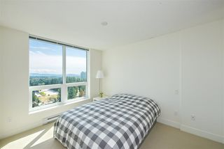 "Photo 2: 2502 3007 GLEN Drive in Coquitlam: North Coquitlam Condo for sale in ""Evergreen"" : MLS®# R2389564"