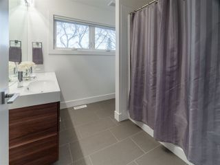 Photo 15: 9128 83 Avenue in Edmonton: Zone 18 House for sale : MLS®# E4179737