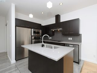 Photo 3: 404 732 Broughton Street in VICTORIA: Vi Downtown Condo Apartment for sale (Victoria)  : MLS®# 418886