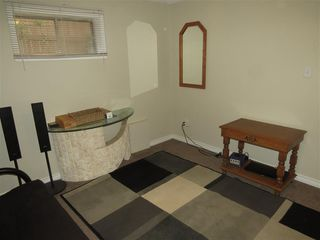 Photo 9: 12503 121 Avenue in Edmonton: Basement Suite for rent