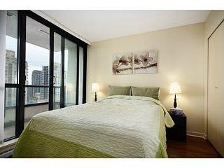 Photo 8: 1610 928 Homer Street in Yaletown Park 1: Home for sale : MLS®# V1031291